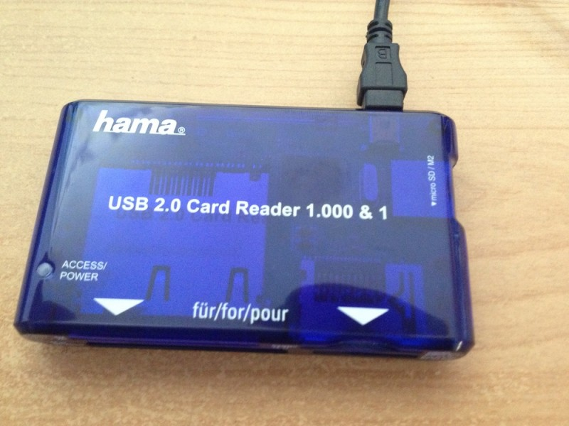 Hama-Cardreader Frontview